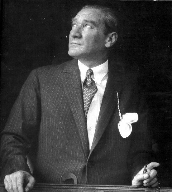 Mustafa_Kemal_Atatürk_