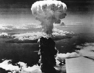 nagasaki_a-bomb-300x236