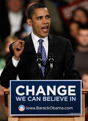 Obama Holds Caucus Night Rally