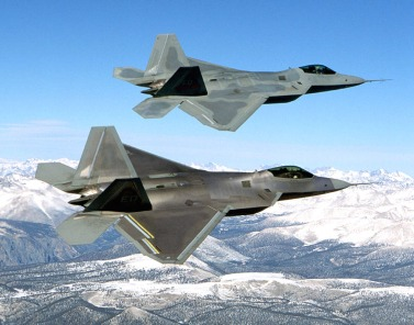 Two_F-22_Raptor_in_flying