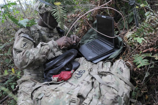 cyber-soldier-at-fort-lewis-exercise